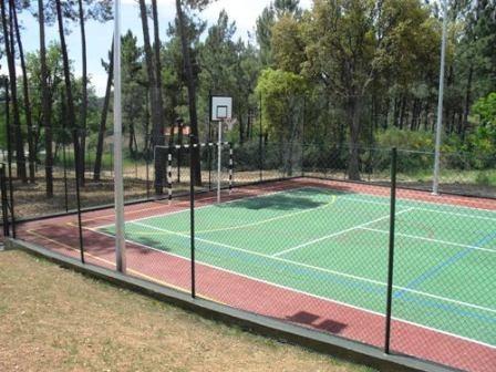 campo tenis vimioso 2.JPG