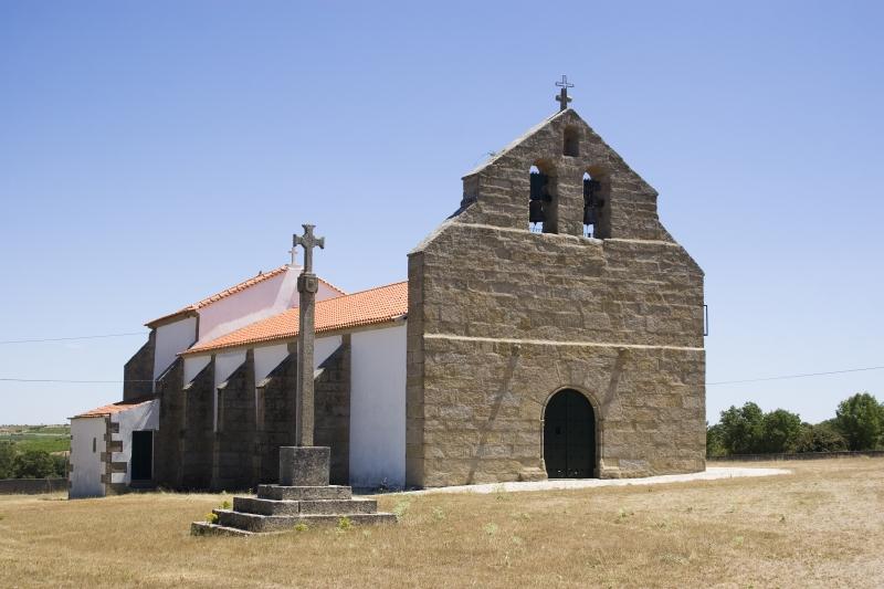 Igreja de Nossa Senhora do Monte, matriz de Duas Igrejas 2.jpg