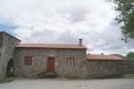 Mosteiro e Igreja de Castro de Avelãs 4.jpg