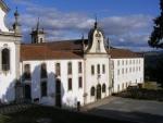 Igreja de São Francisco e Seminário dos Missionários Apostólicos de Vinhais.jpg
