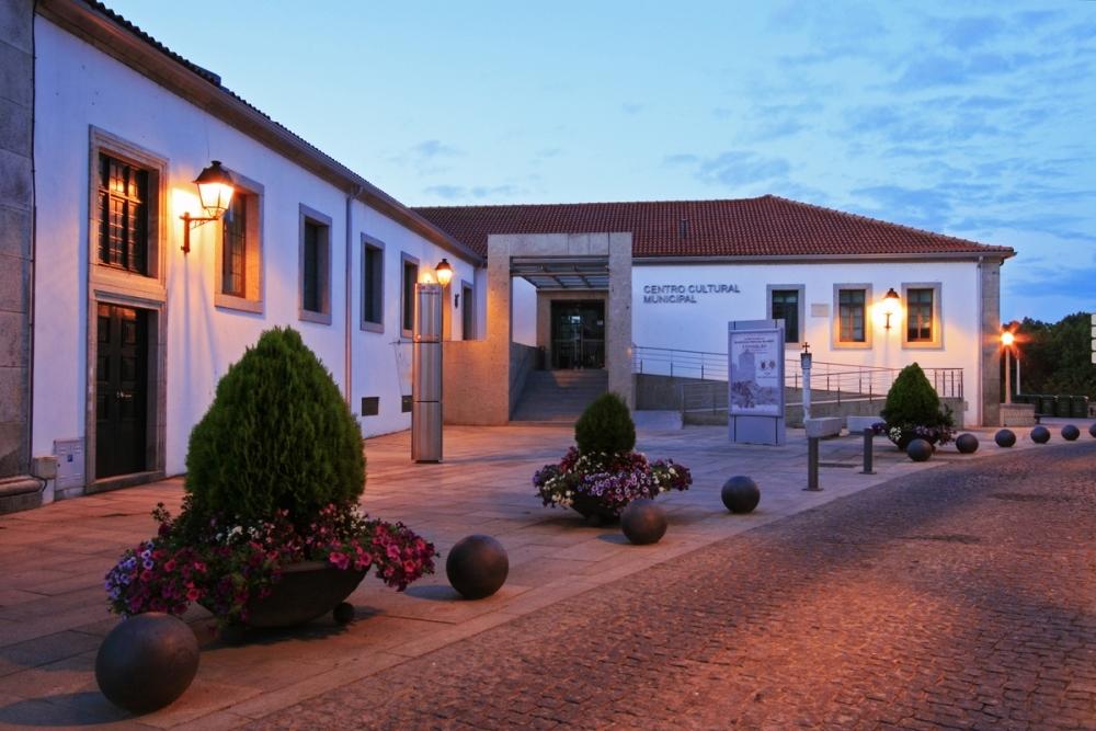 Centro Cultural Municipal Adriano Moreira - Bragança 3.jpg