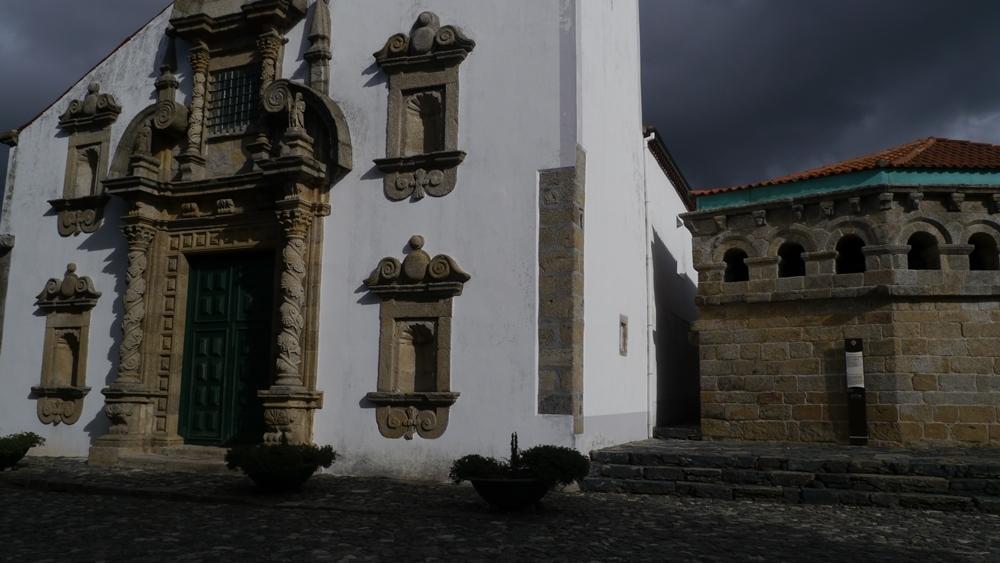 Igreja de Sta Maria__.jpg