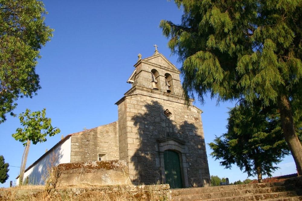 Igreja Matriz de Genísio.JPG