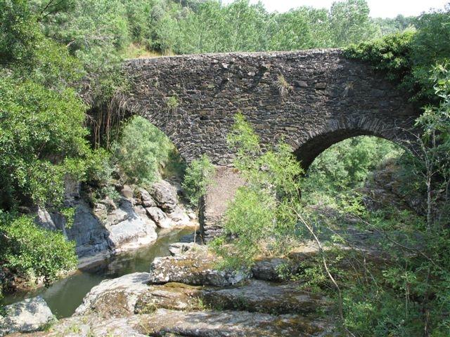 Ponte Velha de Soeira.jpg