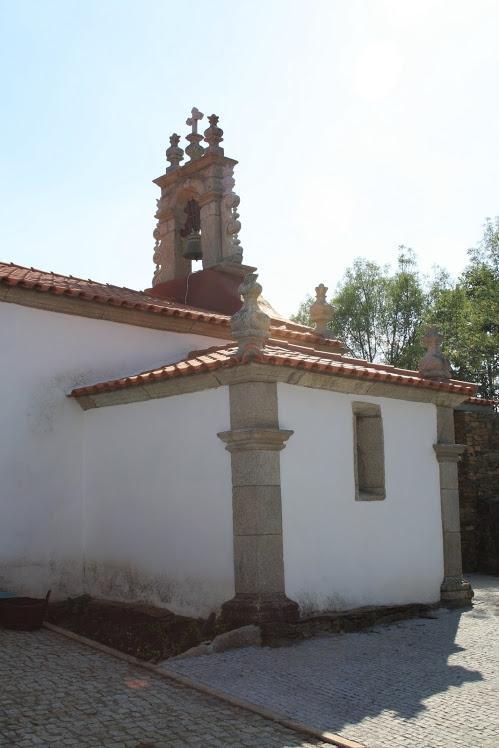 igreja dine 2.JPG