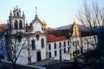 Igreja de São Francisco e Seminário dos Missionários Apostólicos de Vinhais  1.jpg